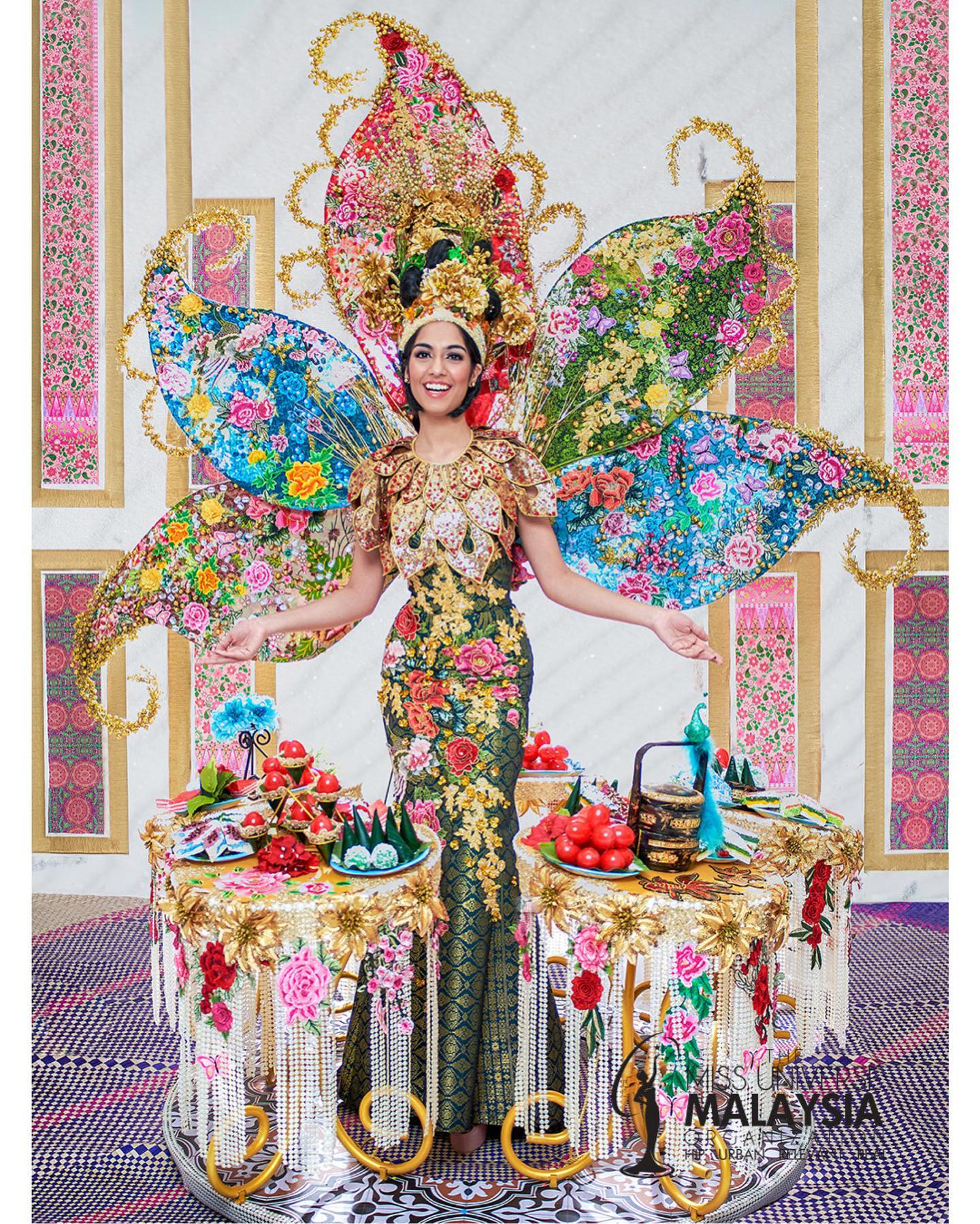 Malaysian wins Best National Costume at Miss Universe 2019